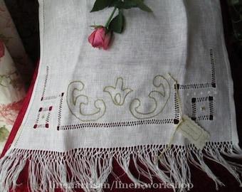 Towel in linen as Antique, hemstitched towel in linen
