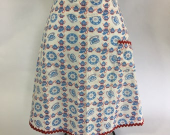 Vintage Handmade Apron Blue Red Coffee Pots Cups and Saucers Print