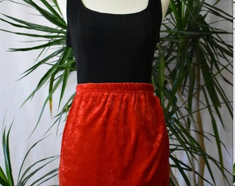1990's Red velveteen skirt, mini, elastic waist, wrap look, vintage