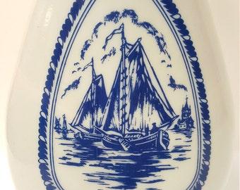 Vintage 1963 Jim Beam Milk Glass Decanter Pirate Ships Windmill, Collectible Barware, Vintage Barware, Collectible Vintage Barware