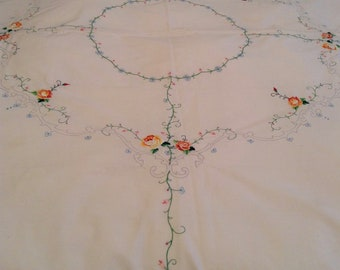 Embroidered Round Scalloped Tablecloth