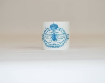 "Round 1"" Ring Napkin  (shown with image # i112- blue abeille bee)"