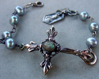 Labradorite And Grey Pearl French Cross Bracelet