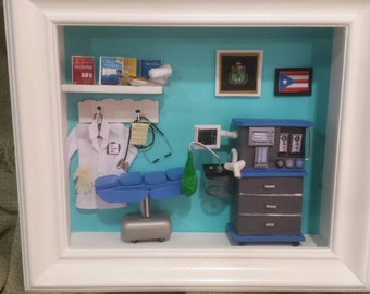 Miniature Anesthesiologist Box