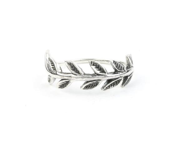Sterling Silver vine Ring, Leaves ring, Earth Ring, Nature Ring, Boho Ring, Gypsy Ring