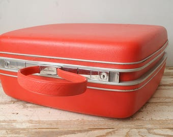 Samsonite Hot Pink Suitcase Small