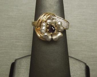 Vintage Estate C1980 14K Gold 0.15ct Oval Alexandrite Solitaire Carnation Floral Flower Ring Sz 6.5