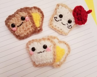 Butter Bread/ Toasty Butter Bread/ French Toast (HAPPY FOODS pin and brooch collection) crocheted amigurumi