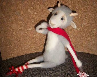 Grey goat.Mountain goat.Animals thumbnails.Needle felt.Sculpture figurine.