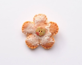 Felt flower brooch, Felt flower, Brooch, Felted flower, Felted flower brooch, Anniversary gift, Birthday present, Easter gift, Mother's Day