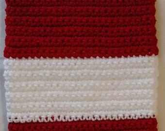 Crochet Red and White Plastic Bag Holder - Crochet Plastic Bag Holder - Red and White Crochet - Crochet Red and White Bag Holder - Crochet