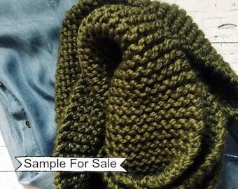 Green Infinity Scarf, Knit Infinity Scarf, Chunky Knit Scarf, Knit Cowl , Chunky Scarf, Chunky Infinity Scarf, Chunky Knit Cowl