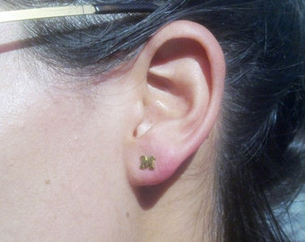 14k solid gold  initial earring (one), personalized earring. Initial Stud  Earring  - ElenadE