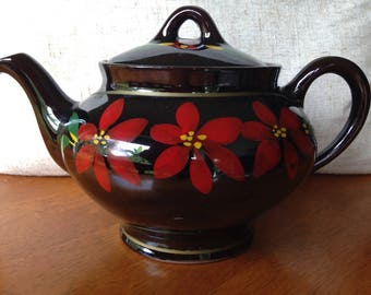 Royal Canadian Art Pottery Teapot Ontario 1940-60 Handpainted Floral Design