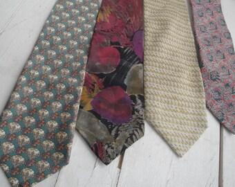 Mens Vintage Necktie Wide Silk