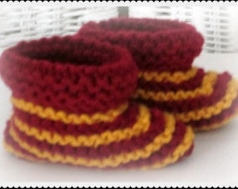 Harry Potter Baby Booties, Gryffindor Baby Shoes, Knitted baby booties
