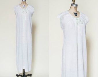 Antique Nightgown --- Edwardian White Cotton Negligee