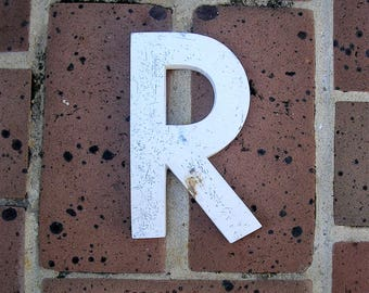 Vintage Metal Sign Metal Letter R Sign Chippy Painted Letter R Sign Old Rusty Letter R 6 Inches Tall