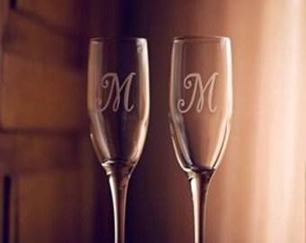 Champagne Flutes, Wedding Toasting Flutes, Mr Mrs Personalized