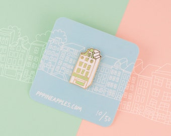 Amsterdam Canal House in Green |  Amsterdam Canal House pin  | Dutch Shophouse Enamel brooch
