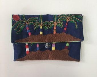 Handmade embroidered purse - landscape Malagasy design