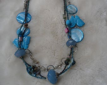 turquoise gemstone shell beaded necklace