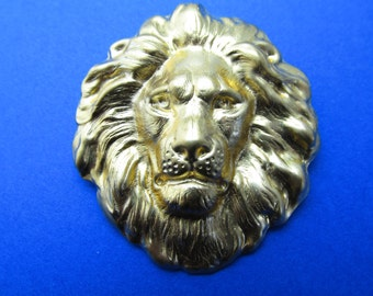 Lion Pin Leo the Lion brooch Vintage brooch lion jewelry MyElegantThings