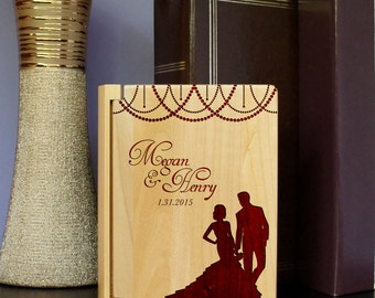 Design's 'Dream Silhouette' Personalized Wedding Album with Design & Font Selection (Holds 100 - 4 x 6 Photographs)