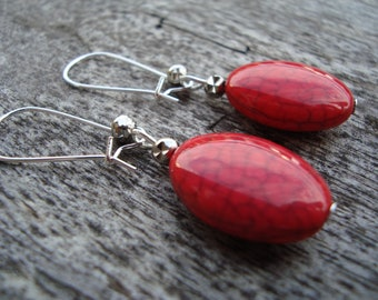 Trendy, red howlite earring