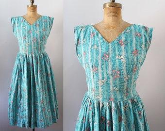 1950s Sundress / Vintage 50s Full Skirt Floral Dress / M