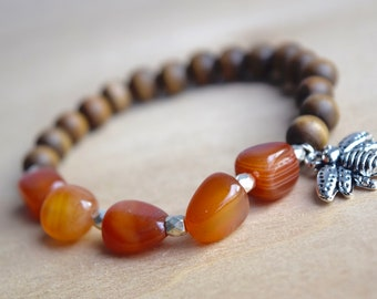 Grounding Jewelry / save the bees, sacral chakra, carnelian bracelet, bee silver bracelet, stone for creativity, grounding gemstone, group 5