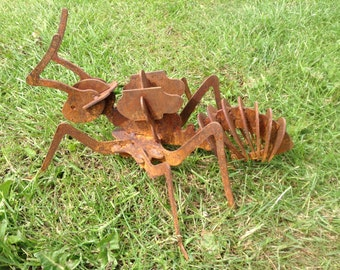 Rusty 3D ant / Giant 3D insect / Insect Gift / 3D Metal ant / Ant gift / Rusty Metal Ant / Garden art / Garden Decor/Insect Garden sculpture
