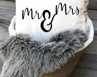 Mr&Mrs Pillow Cover  Calligraphy Pillow   Farmhouse Decor  Farmhouse Pillow  Word Art Pillow