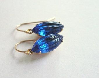 Blue earrings Sapphire earrings Vintage glass earrings Sapphire dangles Blue dangles Bridesmaid earrings September birthstone earrings
