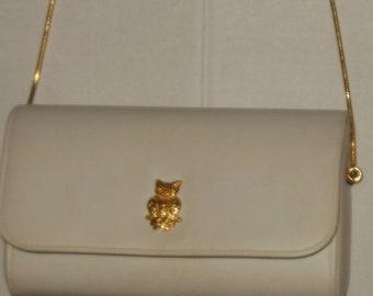 Vintage White Handbag Purse Gold Owl accent Chain Strap Faux Leather