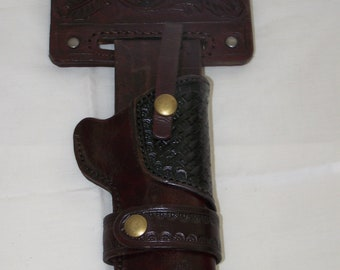 Western Style 1911 with magazine pouch