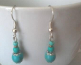 Earrings blue beads