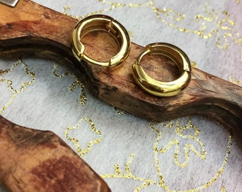 14k Gold Hoop Earrings, Solid Gold Hoops, 14k Gold Huggies, Gold Huggie Earrings