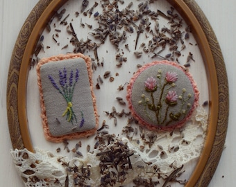Set of brooches Wildflowers -  lavender and clover.