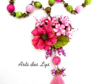 Necklace * flower delight * with Turquoise beads, Swarovski Crystal, wood