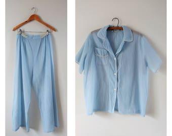 Vintage 1960s blue pajama set size large