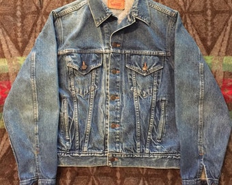 Vintage 1980s Gap Type 3 Denim Jacket Size 40(S/M) Made In USA