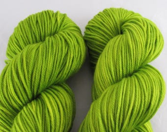 Charmed - Cinquefoil - DK weight - 100g - 231 yards