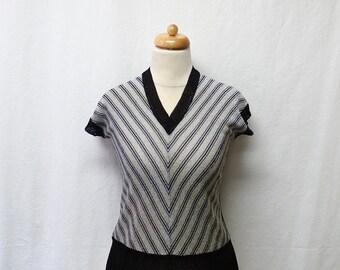 1970s Vintage Lurex Jersey Top / Black & Silver Striped Top