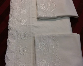 Set of cloth with lace
