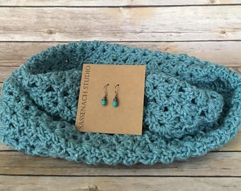 Crochet Infinity Scarf and Earrings Set. Turquoise Infinity Scarf. Turquoise Glass Earrings. Sterling Silver Earrings. Blue Scarf. Gift Set.