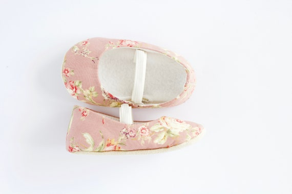 Pink floral ballet flats. Soft sole baby shoe, crib shoe, pre walkers and toddler, bridesmaid shoe