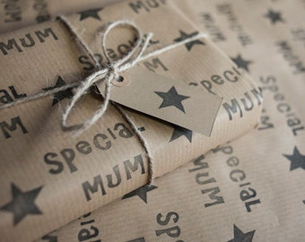 Mothers Day Gift Wrap: Including 1 Piece Gift Wrap, 2 x Gift Tags & Twine