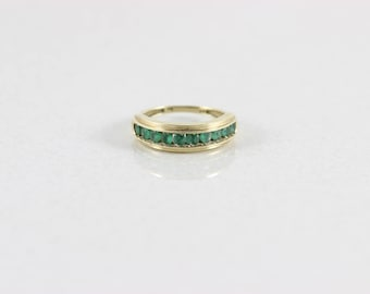 10k Yellow Gold Natural Emerald Ring Band Size 4.75