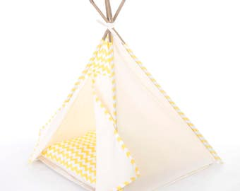 Pet teepee // Yellow chevron